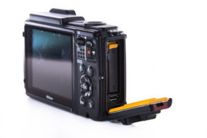 Wasserdichte Kamera Nikon AW130